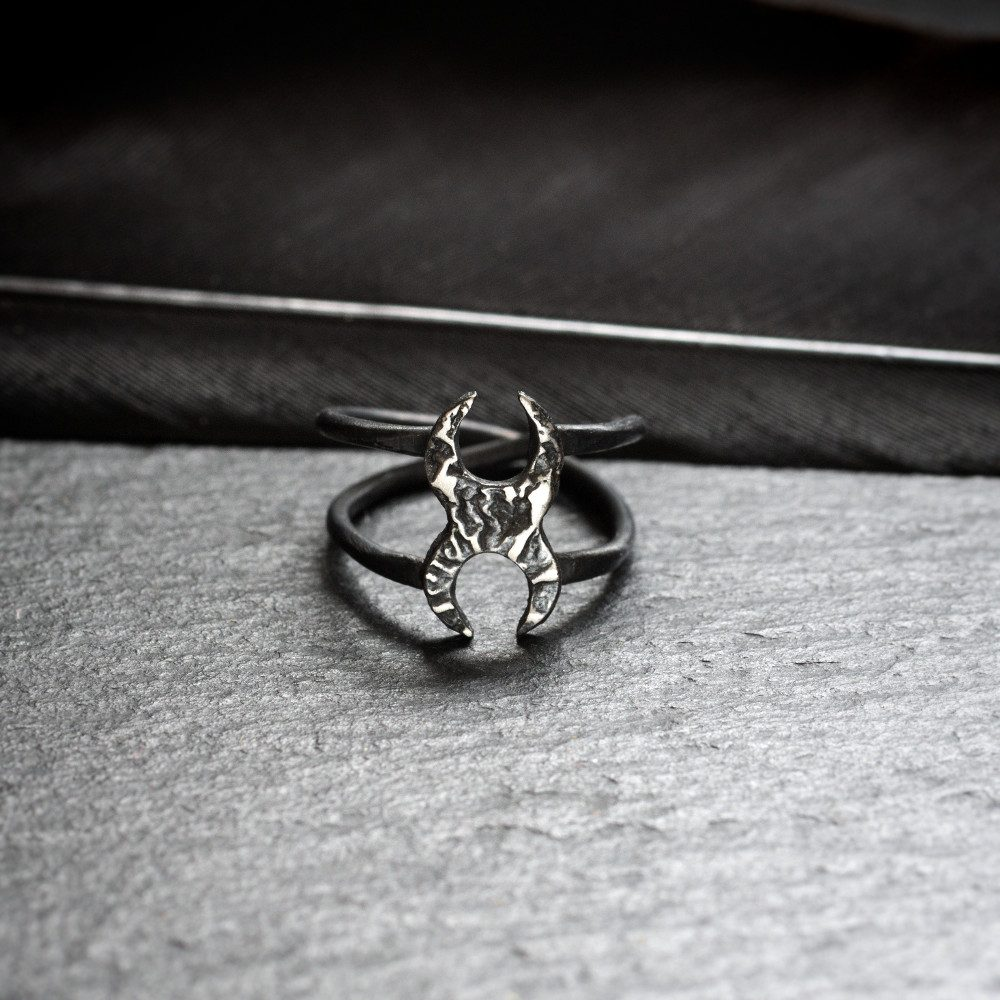 two crescent moons silver midi ring